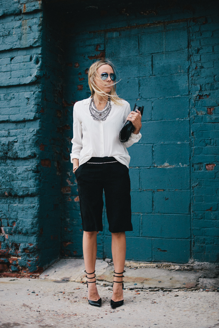 How To Wear Bermuda Shorts A Shopping Queen S Blog How To Wear Bermuda Shorts Shopping Keeps Me Sane
